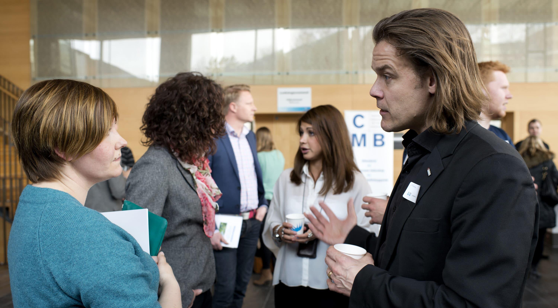 Madeleine Nordenknekt och Fredrik Friblick vid CMB:s Ledarskapsdagen den 18 april 2013. Foto: Peter Widing